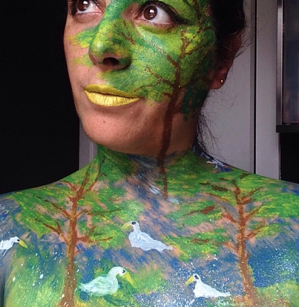 http://estherpelos.wixsite.com/makeuphair